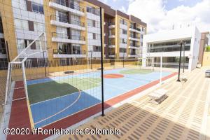 Apartamento En Ventaen Cajica, Sector El Bohio, Colombia, CO RAH: 21-1207