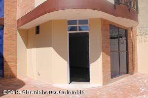 Casa En Arriendoen Cajica, La Palma, Colombia, CO RAH: 21-1223