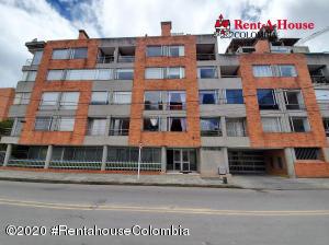 Apartamento En Arriendoen Bogota, Pasadena, Colombia, CO RAH: 21-324