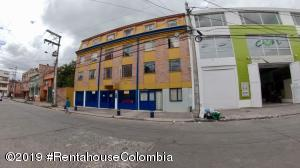 Apartamento En Ventaen Bogota, San Antonio Norte, Colombia, CO RAH: 21-1243