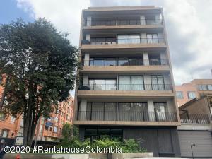 Apartamento En Arriendoen Bogota, Chico Navarra, Colombia, CO RAH: 21-1182
