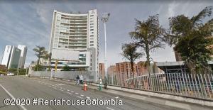 Apartamento En Arriendoen Medellin, Milla De Oro, Colombia, CO RAH: 21-1255