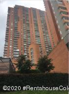 Apartamento En Arriendoen Bogota, Chapinero Alto, Colombia, CO RAH: 21-1257