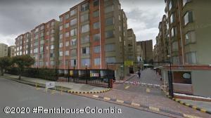 Apartamento En Ventaen Bogota, Colina Campestre, Colombia, CO RAH: 21-1266