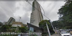 Apartamento En Arriendoen Medellin, Milla De Oro, Colombia, CO RAH: 21-1267