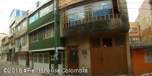 Casa En Ventaen Bogota, Berlin, Colombia, CO RAH: 21-1287