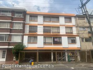 Apartamento En Ventaen Bogota, Belalcazar, Colombia, CO RAH: 21-1288