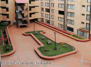 Apartamento En Ventaen Bogota, Suba Salitre, Colombia, CO RAH: 21-1289