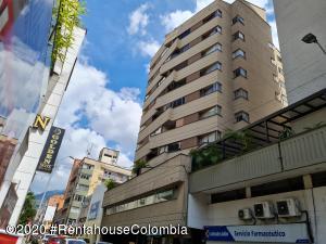 Apartamento En Ventaen Medellin, Centro La Candelaria, Colombia, CO RAH: 21-1300