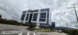 Oficina En Arriendoen Cajica, Vereda Calahorra, Colombia, CO RAH: 21-1327