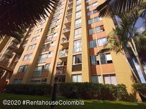 Apartamento En Ventaen Medellin, La Loma De Los Bernal, Colombia, CO RAH: 21-1330