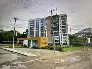 Apartamento En Ventaen Girardot, Santa Isabel, Colombia, CO RAH: 21-1369