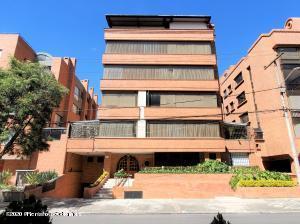 Apartamento En Ventaen Bogota, Santa Barbara Occidental, Colombia, CO RAH: 21-1373