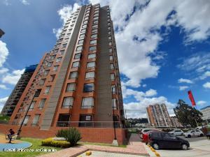 Apartamento En Arriendoen Bogota, Colina Campestre, Colombia, CO RAH: 21-1382