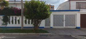 Apartamento En Arriendoen Bogota, Nuevo Country, Colombia, CO RAH: 21-1407