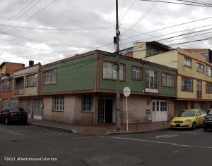Casa En Ventaen Bogota, La Aurora, Colombia, CO RAH: 21-1420