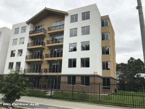 Apartamento En Ventaen Madrid, Hacienda Casablanca, Colombia, CO RAH: 21-1435