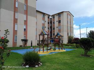 Apartamento En Ventaen Funza, Zuame, Colombia, CO RAH: 21-1441