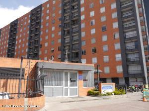 Apartamento En Ventaen Bogota, Castilla, Colombia, CO RAH: 21-1445