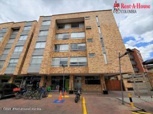 Apartamento En Ventaen Chia, Las Delicias Norte, Colombia, CO RAH: 21-1447