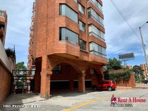 Apartamento En Ventaen Bogota, Bella Suiza, Colombia, CO RAH: 21-1476