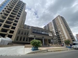 Apartamento En Arriendoen Bogota, Veramonte, Colombia, CO RAH: 21-1498