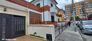 Apartamento En Arriendoen Bogota, Teusaquillo, Colombia, CO RAH: 21-1490