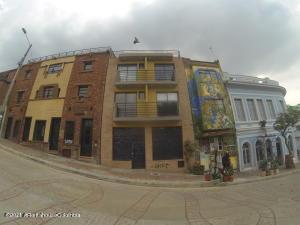 Apartamento En Arriendoen Bogota, La Candelaria, Colombia, CO RAH: 21-1496