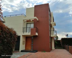 Casa En Ventaen Chia, Vereda Bojaca, Colombia, CO RAH: 21-1511