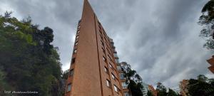 Apartamento En Ventaen Bogota, Los Rosales, Colombia, CO RAH: 21-1518