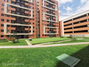 Apartamento En Ventaen Mosquera, Serrezuela, Colombia, CO RAH: 21-1562