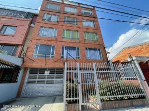 Apartamento En Arriendoen Bogota, Spring, Colombia, CO RAH: 21-1564