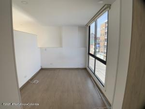 Apartamento En Arriendoen Bogota, Galerias, Colombia, CO RAH: 21-1600