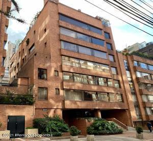 Apartamento En Arriendoen Bogota, El Nogal, Colombia, CO RAH: 21-1604