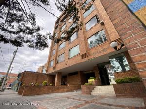 Oficina En Ventaen Bogota, Lago Gaitan, Colombia, CO RAH: 21-1637