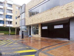 Apartamento En Ventaen Chia, Sabana Centro, Colombia, CO RAH: 21-778