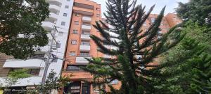 Apartamento En Ventaen Medellin, La Castellana, Colombia, CO RAH: 21-1645