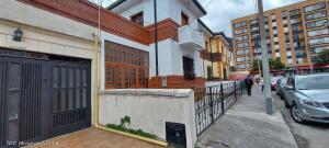 Apartamento En Arriendoen Bogota, Teusaquillo, Colombia, CO RAH: 21-1663