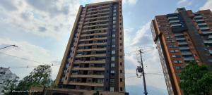 Apartamento En Ventaen Medellin, Castropol, Colombia, CO RAH: 21-1668