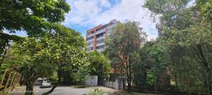 Apartamento En Ventaen Medellin, San Lucas, Colombia, CO RAH: 21-1670