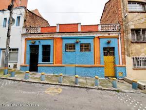 Casa En Ventaen Bogota, Sucre, Colombia, CO RAH: 21-1690