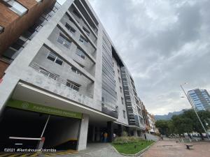 Consultorio En Arriendoen Bogota, Santa Bárbara, Colombia, CO RAH: 21-1716
