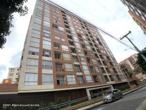 Apartamento En Ventaen Bogota, Belmira, Colombia, CO RAH: 21-1718