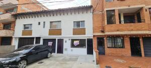 Casa En Ventaen Medellin, Simon Bolivar, Colombia, CO RAH: 21-1730