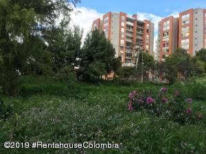 Terreno En Ventaen Bogota, San Antonio Norte, Colombia, CO RAH: 21-1734