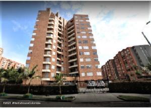 Apartamento En Ventaen Bogota, Mazuren, Colombia, CO RAH: 21-1865