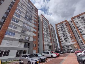 Apartamento En Arriendoen Bogota, La Felicidad, Colombia, CO RAH: 21-1748