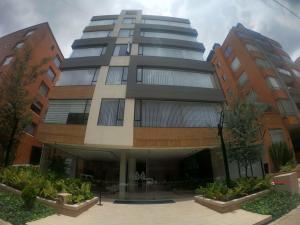 Apartamento En Arriendoen Bogota, Chico Navarra, Colombia, CO RAH: 21-1782