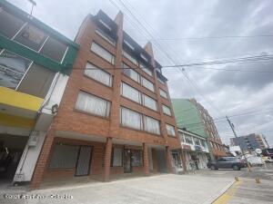Apartamento En Ventaen Bogota, Pasadena, Colombia, CO RAH: 21-1787