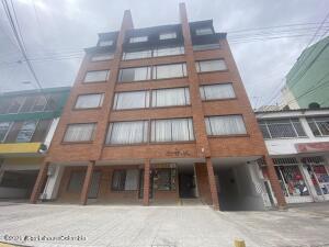 Apartamento En Arriendoen Bogota, Pasadena, Colombia, CO RAH: 21-1788